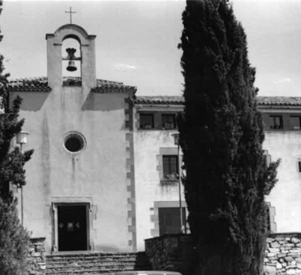 Santuari de la Mare de Déu de Puiggraciós, Figaró-Montmany (Vallès Oriental) 1987. Autor: Carme Comas i Suriñach.  AthenaPlus. Generalitat de Catalunya. Departament de Cultura.