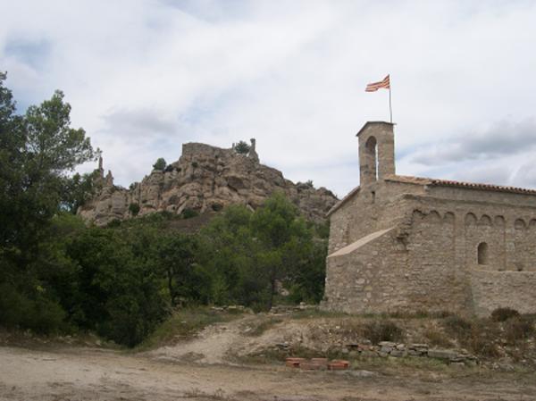 Vista del Castell, Bellprat (Anoia) 2006. Autor: Josep Santesmases.